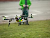 dangerous drones, drones, neerhalen van drones