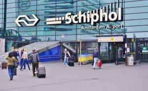 Veiligheidsrisico's Schiphol, coronavirus, beveiligers