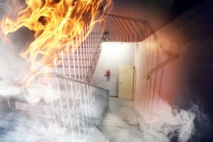 veiligheid in gebouwen, brand, nooduitgang, beveiliging
