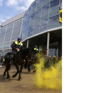 voetbalgeweld stadion politie inzet camaeratoezicht