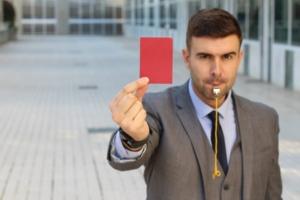 terugfluiten, rode kaart
