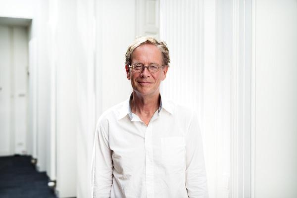 Hans Boutellier: de online wereld is relatief ongereguleerd, het lijkt een soort wilde westen