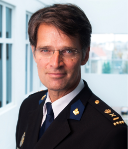 Erik Akerboom, politie, politietaken, corona, coronavirus, security