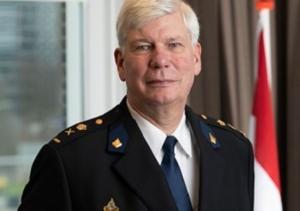Nationale Poltie, Henk van Essen, Erik Akerboom
