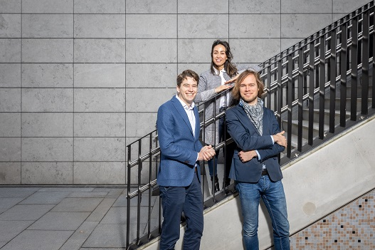 Jasper van Buren, Mehrnaz Pour Morshed en Marijn Markus (v.l.n.r.) hebben vier concrete adviezen om AI verder te brengen.