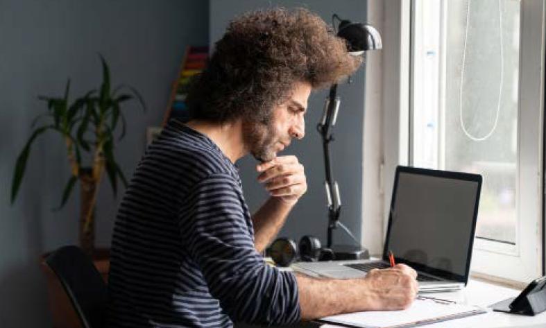 Ingewikkelde of omslachtige beveiliging hindert de productiviteit waardoor werknemers sneller geneigd zijn beveiligingsmaatregelen te omzeilen.